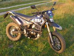 BM Motard 200