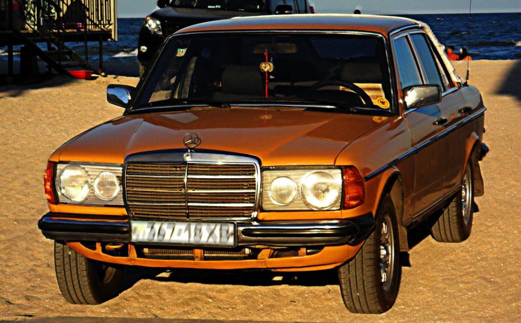 Mercedes-Benz 240 (w123) **АПЕЛЬСИНЧИК**