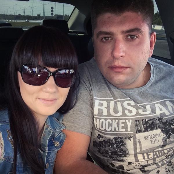 антон воротников фото жены