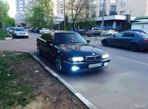 BMW 7er (E38)