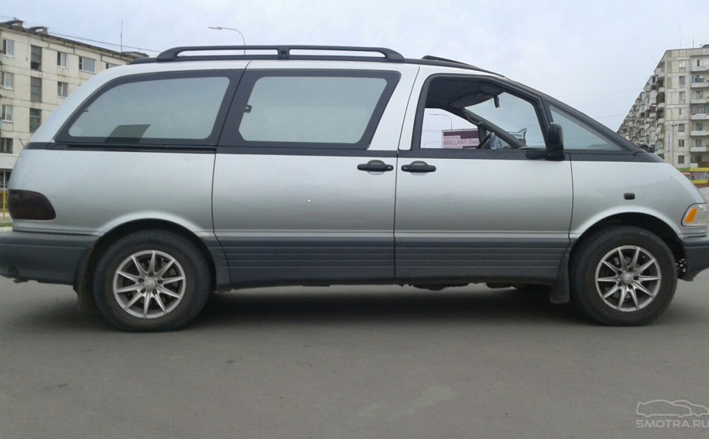 Toyota Previa 1992, 2.4л, МКПП, RWD