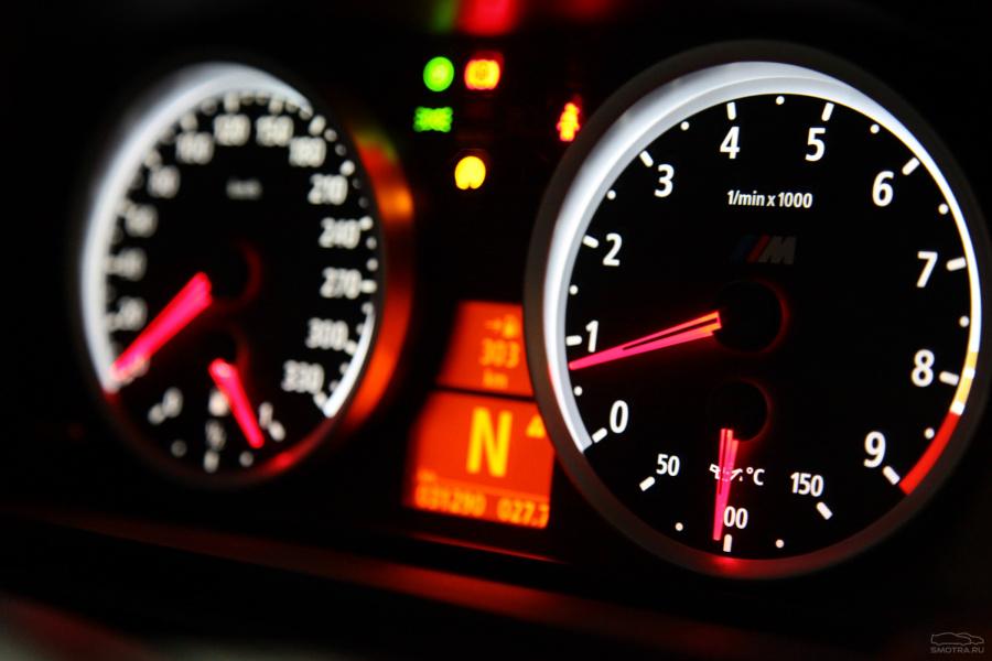 """""""Пробная фотосессия"""" BMW M5 E60 / личный блог onelove-bmw ... Бмв М5 е60 Спидометр"""