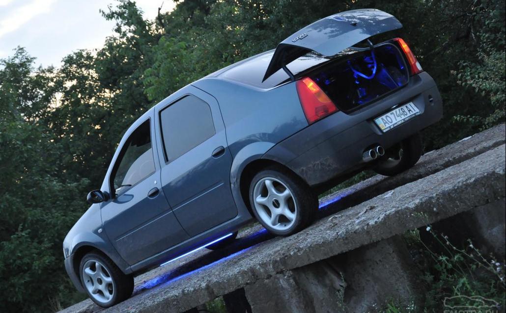 Dacia Logan •DACIA LOGAN•