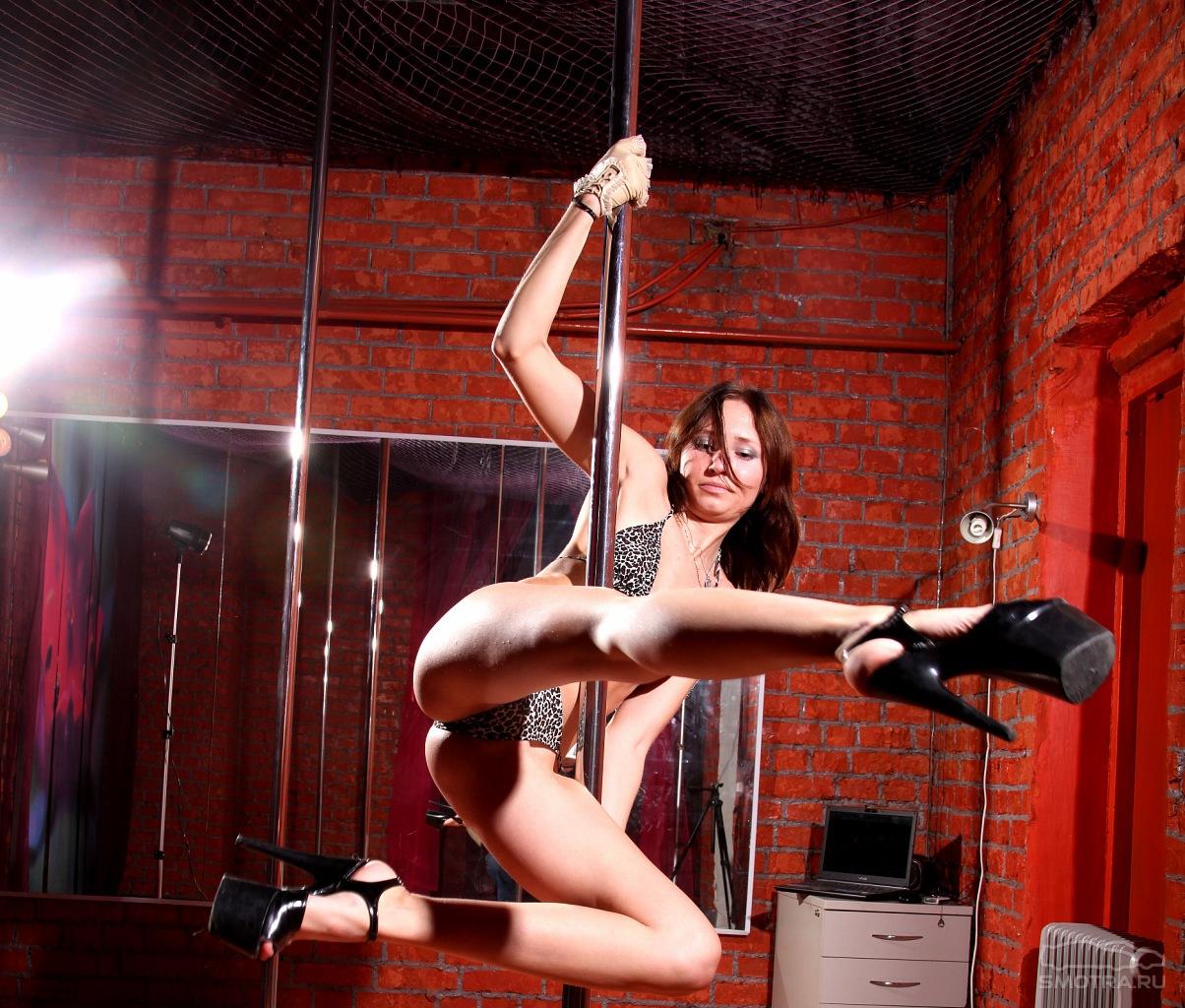 tantsi-striptiz-erotika