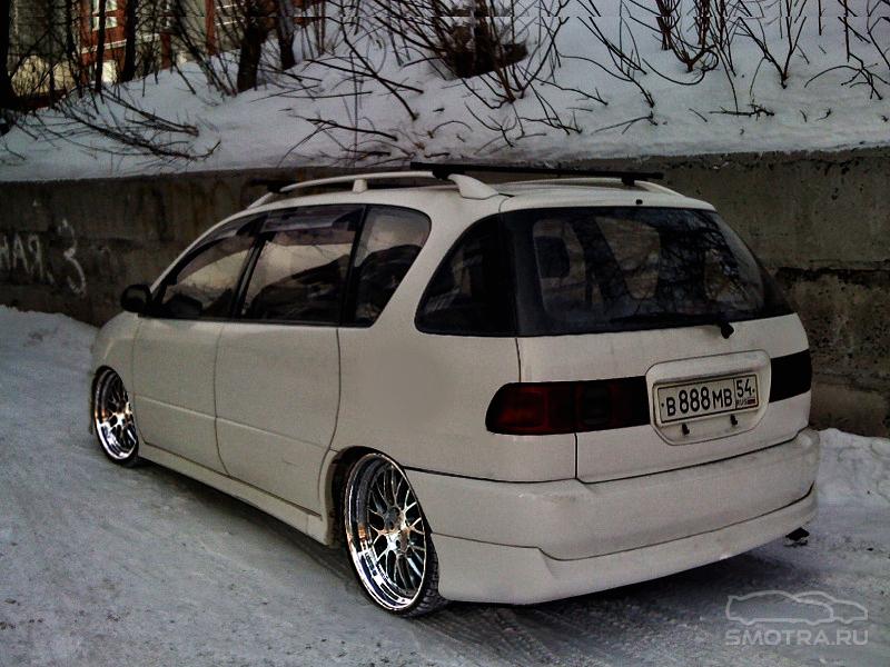 Toyota Ipsum (XM1) Ипс:)