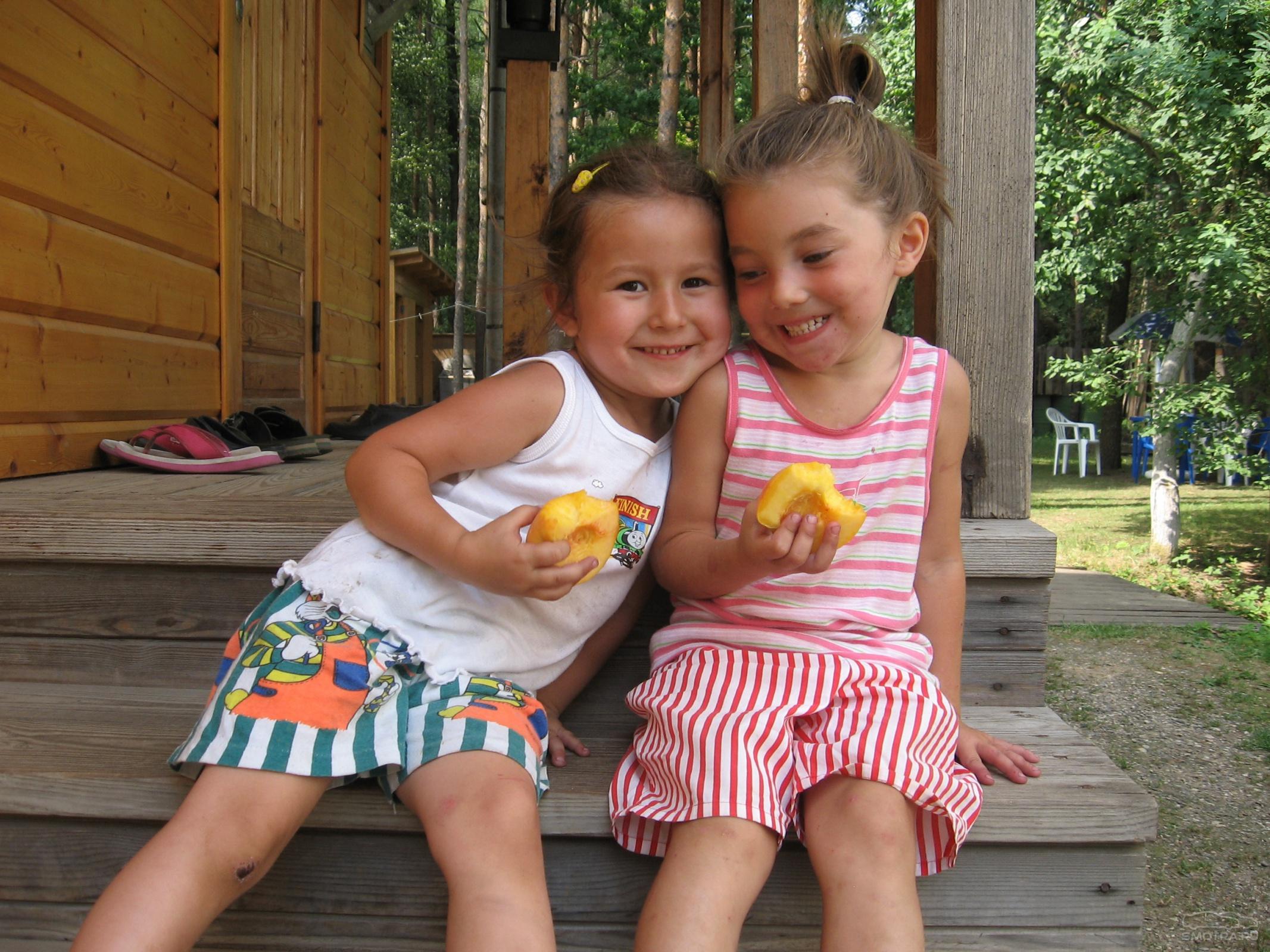 Я и моя маленькая сестричка 26 фотография