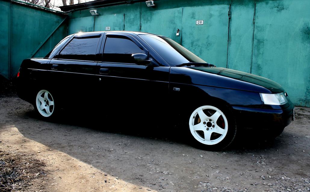 ВАЗ 21104 Черная Багира