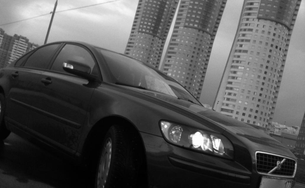 Volvo S40 II Красавица)