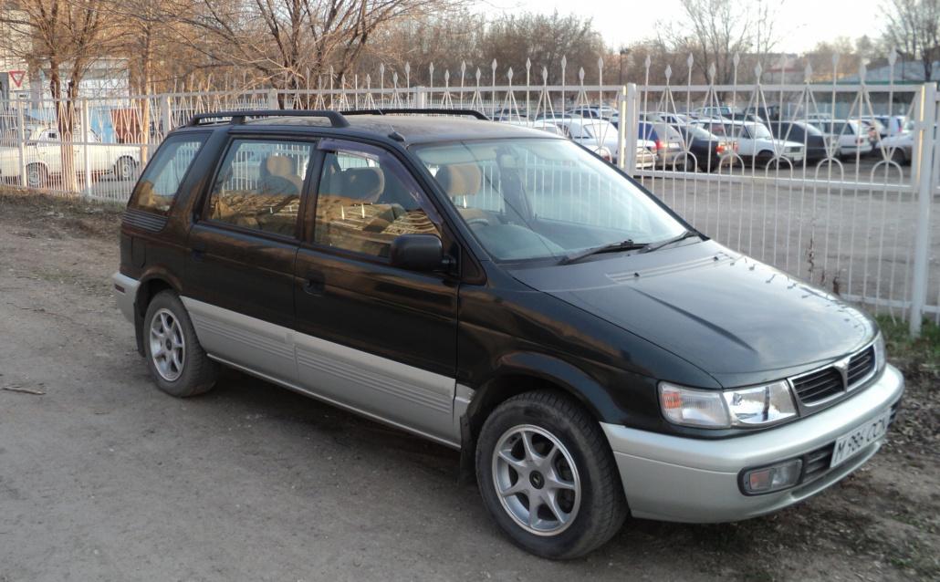 Mitsubishi Chariot (E-N33W) митсуба