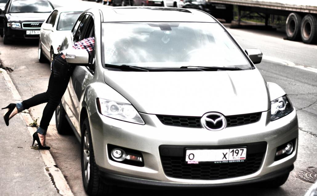 Mazda CX-7 Маська