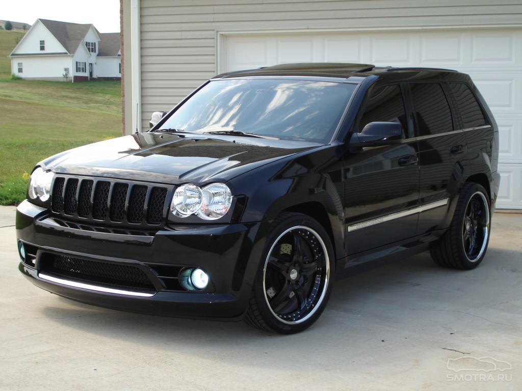 Jeep Grand Cherokee SRT8: 06…