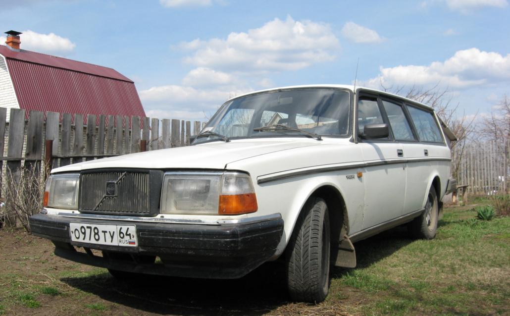 Volvo 240 Kombi (P245) БТР'ka
