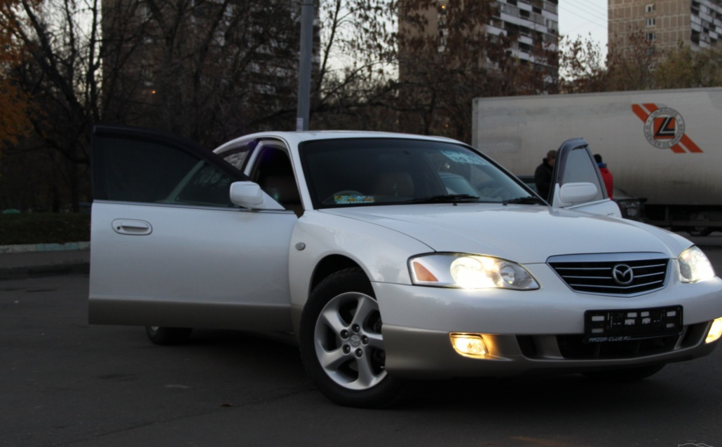 Mazda Millenia (TA221) Милка