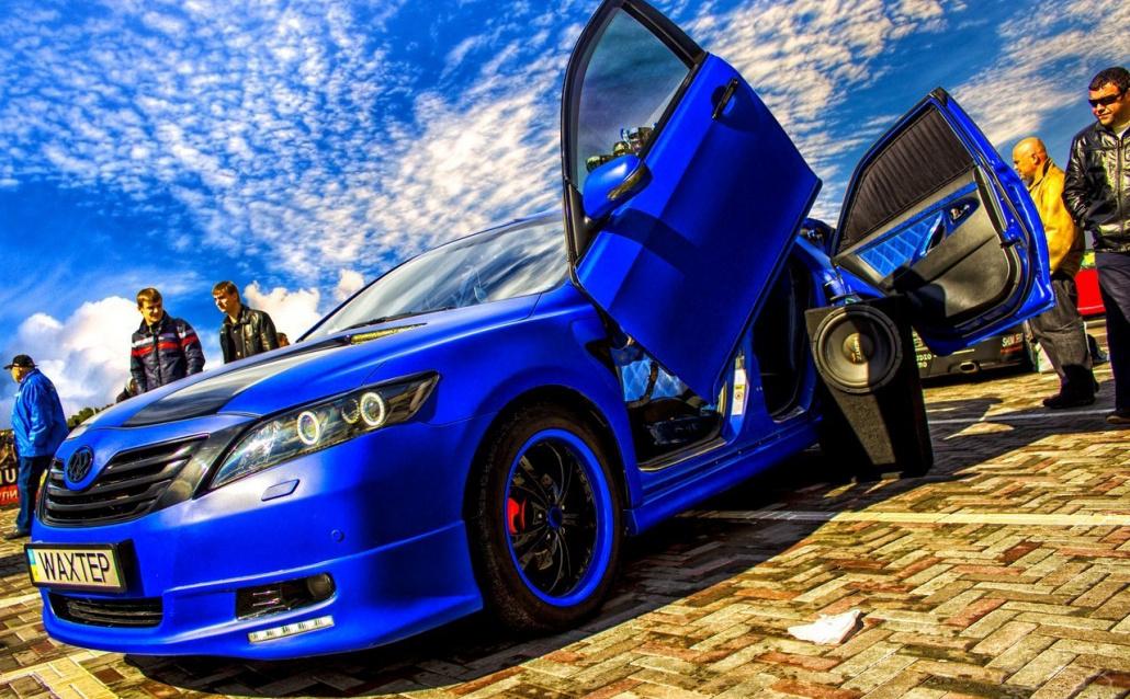 Toyota Camry VI Стич!:):):)