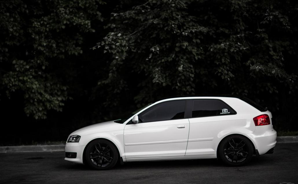 Audi A3 (8P) Хромушка
